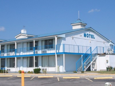 Blue Water Point Motel